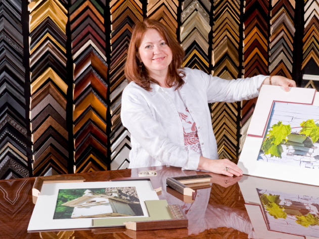 Picture Framer Selecting Mat for Fine Art Photographic Print
